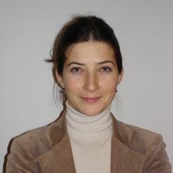Dr. Karolina Mojzesowicz